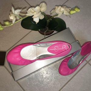 Jessica Simpson neon pink flat new. Sz 6
